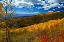 Autumn mountains, by Mike Simmons
